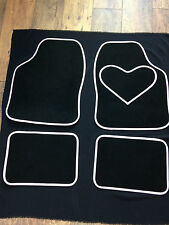 Quality Girl Racer white & Black Interior Carpet Car Mats Love Heart