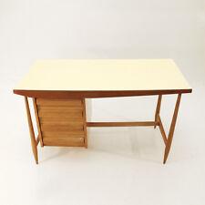 Scrivania modernista anni '50 nello stile di Gio Ponti. 50's desk, formica