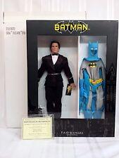 Tonner Bruce Wayne in Tuxedo Batman Gift Set FAO Schwarz Exclusive NEW! MIB +COA