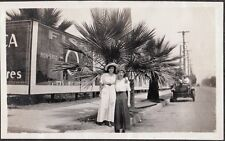 1915 PANAMA CALIFORNIA EXPO SAN DIEGO LOS ANGELES GIRLS FISK TIRES SIGN PHOTO