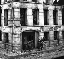 Dioramas Plus DP2 Government Ruins Simple Construction! 1/35 Scale Model Kit