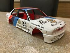 1/18 MINICHAMPS BMW M3 E30 BODYSHELL LHD MODIFIED TUNING UMBAU GARAGE DIORAMA