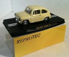 qq    RT/1958 REPROTEC SEAT 600 E CREMA ( 1a serie )