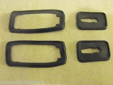 PORSCHE 924 / 944 DOOR HANDLE SEALS SET 4 - NEW GROMMETS / RUBBERS