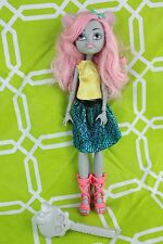 Monster High Mouscedes King Boo York Doll + Brush (Missing Tail)