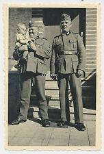 Foto Soldaten  mit Kind   2.WK  ( L450)