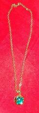 Schicke /Halskette! - Wunschtraum Goldfarben zum öffnen mit grünem Stein