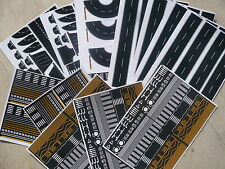 -LOT 5 CARS +12 VINYL GLOSSY SELF ADHESIVE SHEETS WITH ROADS AND PARKING N SCALE