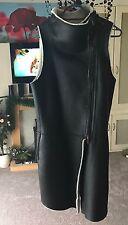 DKNY longue veste sans manches Ladies taille S (taille UK 8) Rrp £600