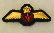 1970/80'S CANADIAN AIR FORCE RED SPARKS IN BURGUNDY WREATH AIR CREW WING