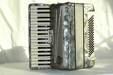Piano accordion akkordeon  SILVIO SOPRANI 80 bass