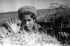 WWII Photo Russian Female Sniper in Action  WW2 B&W World War Two / 1330