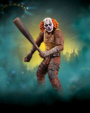 DC: Batman Arkham City series 3: CLOWN THUG WITH BAT figure - (origins/knight)