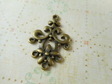 16 Antique Brass Plated 5 Loop Flower Connectors Findings 46560