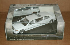 1/43 Lincoln Limo Diecast Model - 2000 Lincoln Town Car Stretch Limousine Livery