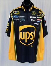 Carl Edwards UPS 2014 Race Used NASCAR Pit Crew Shirt xl