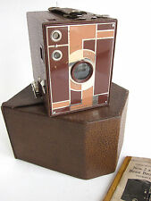 Kodak 2 Beau Brownie 120 Film Box Camera Teague Brown/Tan Art Deco Case Manual