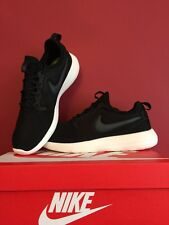 NIKE ROSHE RUN TWO Trainers Shoes BLACK 100% Genuine size Uk 9 BRAND NEW BOXED
