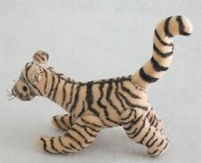 Mary Dowd Bears-miniature Tigger-Pooh Friend-who loves Hitty