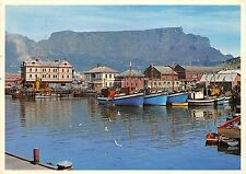 BG9603 cape town south africa fishing boats in the still waters victoria basin