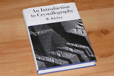 An Introduction to Crystallography Kristallographie / Kristallografie Kristalle