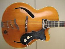 ♫ RARE BLONDE ARNOLD HOYER SOLIST,massive Decke. Archtop, vintage Jazzgitarre