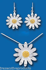 Beautiful Sterling Silver Gold Plated Sunflower Design Pendant & Earrings Set