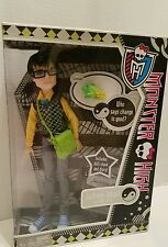 Monster High Jackson Jekyll  with pet crossfade Mattel 2011 New Rare