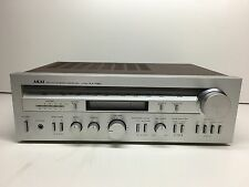 Vintage Akai FM AM Stereo Receiver Model AA-R30 Plays Great