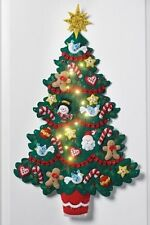 Bucilla/PLAID New Release CHRISTMAS TREE LIGHTED Felt Wall Hanging CHECK OUTSALE