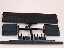 RCR - MDC HO PARTS - #32805 - 36ft BOXCAR ROOF, ENDS, HATCHES, WALKWAY 5 pieces