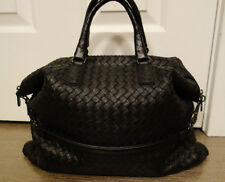 100% Authentic  Bottega Veneta Intrecciato Convertible Bag in Nero Nappa Leather