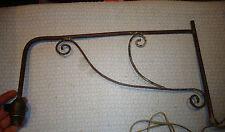 Ancienne Lampe Applique orientable tel Lampadaire d'Etabli Atelier Potence Fer