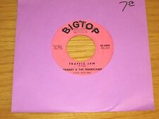 "INSTRUMENTAL 45 RPM - JOHNNY & THE HURRICANES - BIG TOP 3090 - ""TRAFFIC JAM"""