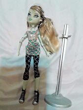 ***MONSTER HIGH*** DOLL & DISPLAY STAND FRANKIE STEIN