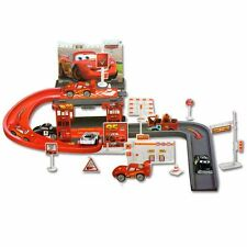 Disney Cars Lightning McQueen Mater Car Park Racing Track Toy