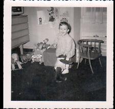 ENFANT avec OURS en peluche & JOUETS à Roulettes / Photo Amateur ancienne
