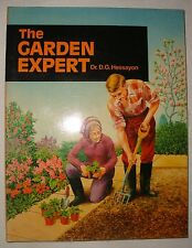 """Vintage 1986 Edition of """"The Garden Expert"""" by Dr. D.G. Hessayon"""
