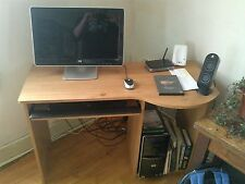 HP Pavilion 6203W Desktop Computer. Keyboard, monitor, mouse, Desk. Windows 7
