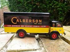 CORGI HERITAGE RENAULT FAINEANT CALBERSON, comme neuf, pas de rétroviseur.
