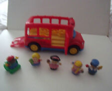 FISHER PRICE LITTLE PEOPLE TALKING BUS & FIGURES  - BUNDLE - LOTS