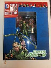 Eaglemoss Best of DC Comics Super Hero Figurine Collection Green Arrow & Mag