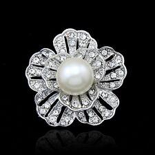 Luxury Women Vintage Teardrop Rhinestone Flower Pin Brooch Bridal Dress Decor