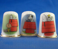FINE PORCELAIN CHINA THIMBLES - SET OF  THREE SNOOPY AND PEANUTS