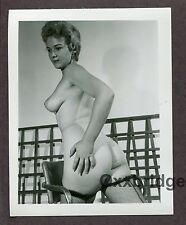 Full Firm Breasts Redhead Sexy Hot 1950 ORIGINAL VINTAGE NUDE PINUP PHOTO B9