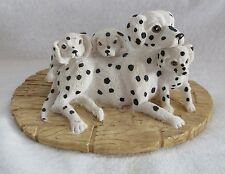 SANDICAST DALMATION BLACK AND WHITE MOTHER AND PUPPIES DOG FIGURINE ON BASE