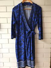 JACQUI-E Size M Floral Brocade Print  3/4 Sleeve Stretch Wrap Dress