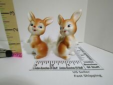 A PAIR OF TAN BUNNY RABBIT CERAMIC FIGURINES W REAL RABBIT FUR TAILS VTG F1733