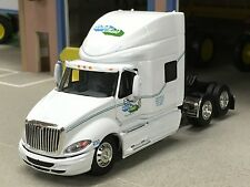 1/64 DCP DUTCH MAID INTERNATIONAL PROSTAR W/ HIGH ROOF SLEEPER