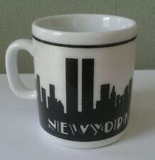 COLLECTIBLE ITEM OF THE TWIN TOWERS OF NEW YORK